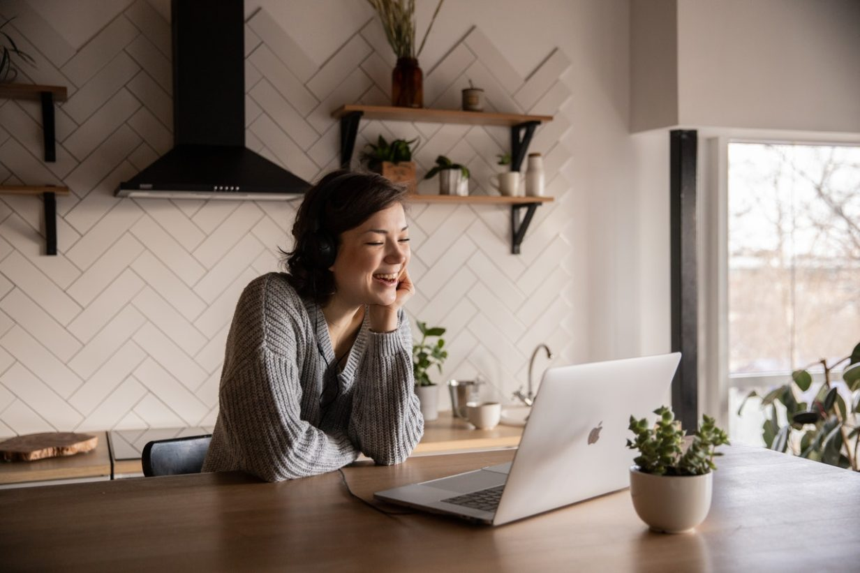 Increase Loyalty from Remote Workers with These 4 Strategies