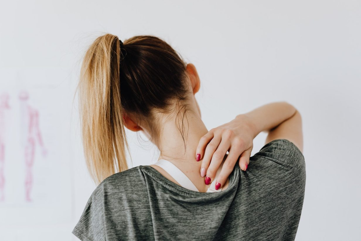 4 Tips to Reduce Back Pain in an Office Job