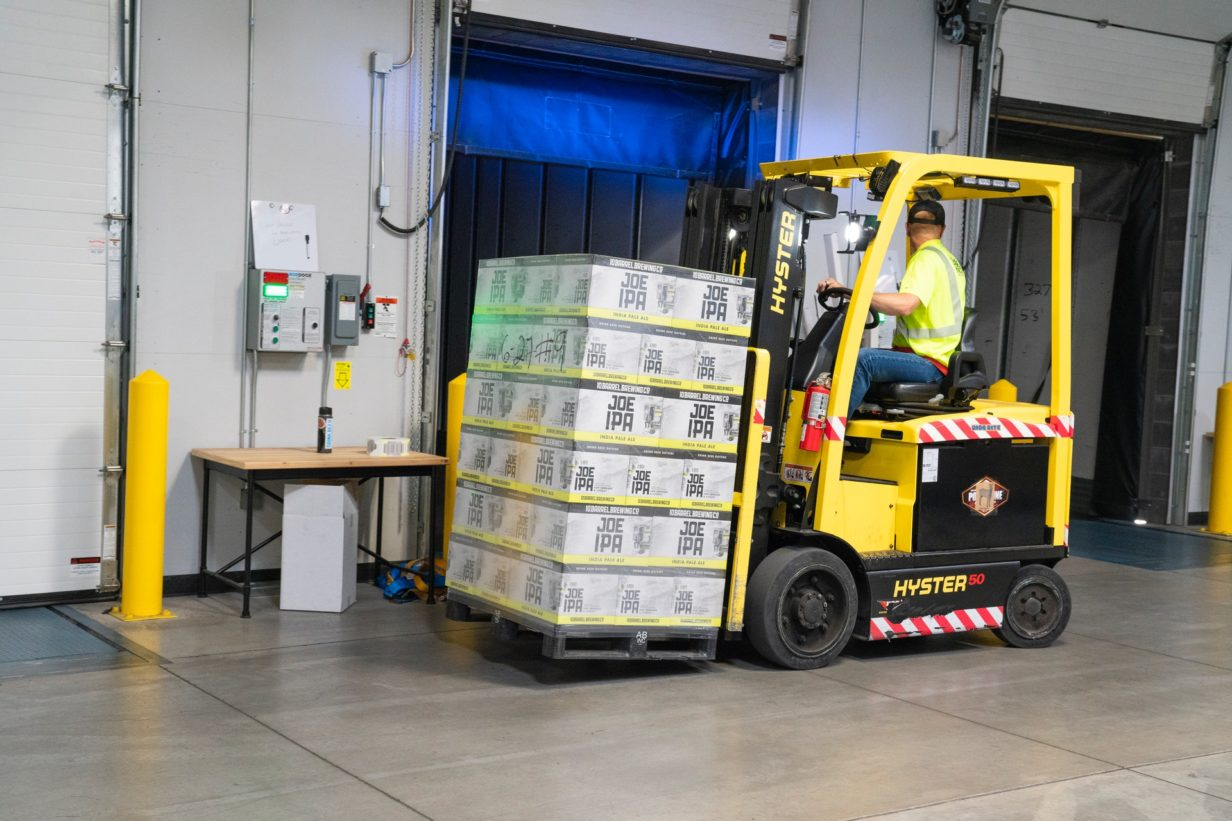 6 Easy Tips for Keeping Your Warehouse Workers Safe
